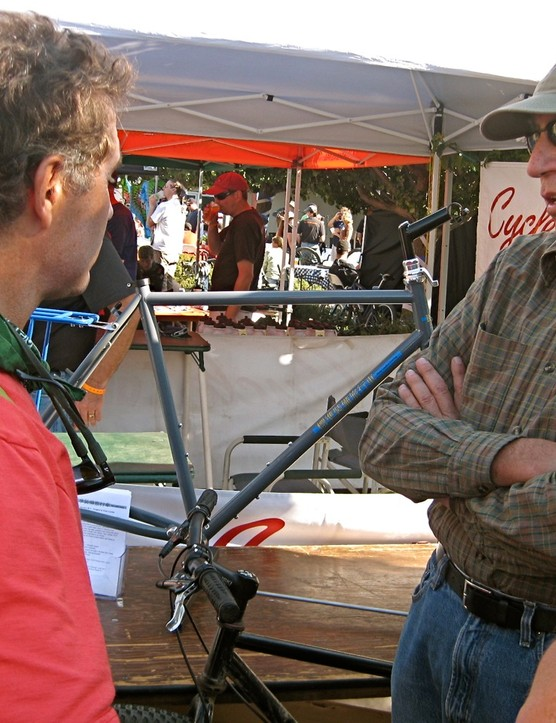 Rivendell's Grant Petersen (L) chats with Petaluma, CA frame and rack builder Bruce Gordon.