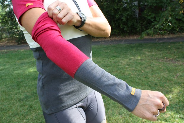 Luna's Graton arm warmers provide a bit of warmth as the days gets shorter