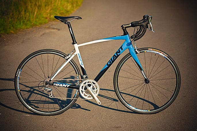 A Shimano Tiagra groupset sits at the heart of this ride