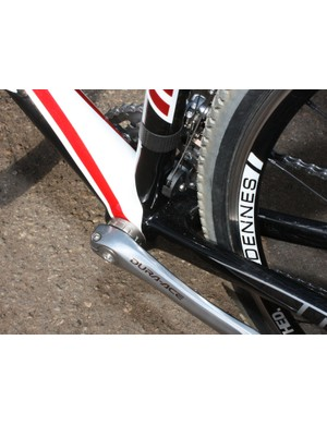 The squared-off chain stays and meaty down tube make full use of the bottom bracket shell's 68mm of real estate