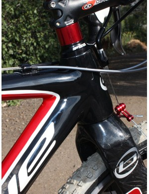 A tapered front end makes for rock-solid braking performance and precise handling under load but the head tube is very short