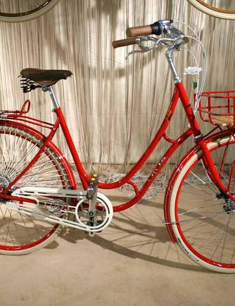 The Juliett, Viva's classic women's shopping bike