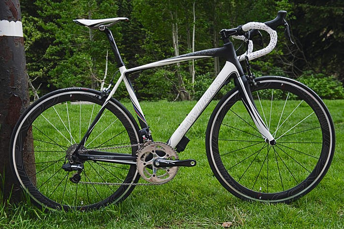 We rode the SRAM Red equipped SL3, but there's also this Di2 electronic equipped model