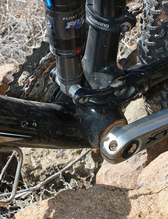 The BB90 bottom bracket shell uses drop-in bearings instead of threaded or press-fit cups