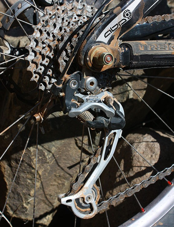 The Shadow-style Deore XT rear derailleur has a lower profile to minimise rock impacts