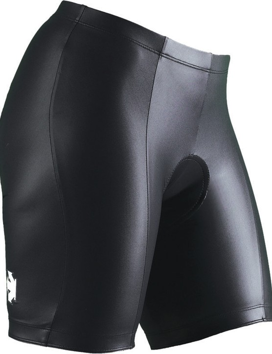 Coldblack fabric is also used in the new Descente Revolutional short