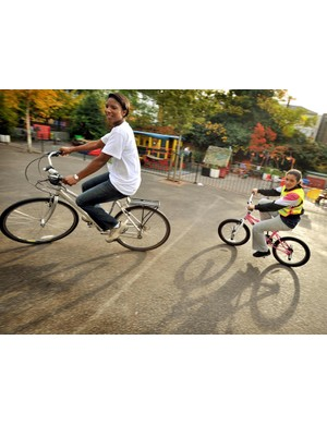 Olympic athlete Denise Lewis wants to encourage UK mums to become cycling instructors