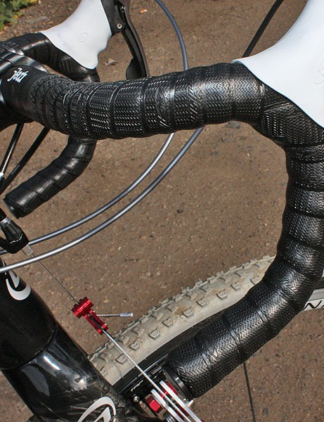 Lizard Skins' new DSP bar tape offers a highly tactile grip and a cushy feel