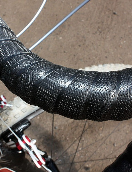 The built-in texture only adds to the impressively grippy feel, especially in the wet
