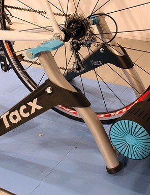 The new Tacx Bushido is an electronically controlled trainer that requires no wires