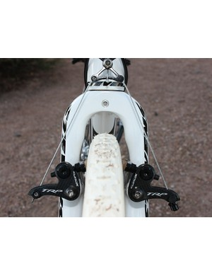 The fork includes clearance not only for the mud but also for the pads to open up further, quickening wheel changes