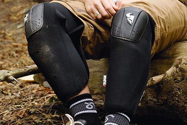 Thor Static knee guard
