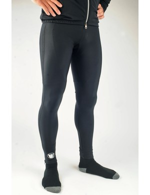 The fleece-backed Super Roubaix fabric offers plenty of warmth while ankle grippers keep the bottoms in place