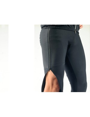 Vermarc's Super Roubaix Double Zip Warmup Tight is a tidy solution to a common problem: wear them while you pre-ride the course then strip them off at the start line so you never get too cold