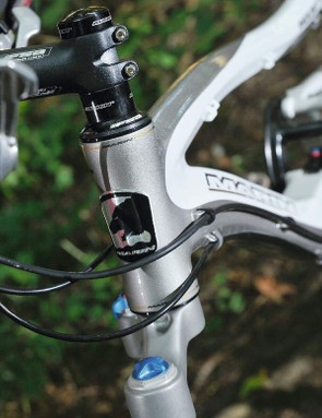 the Mount vision's integrated  headset helps lower the front  of the bike for more control