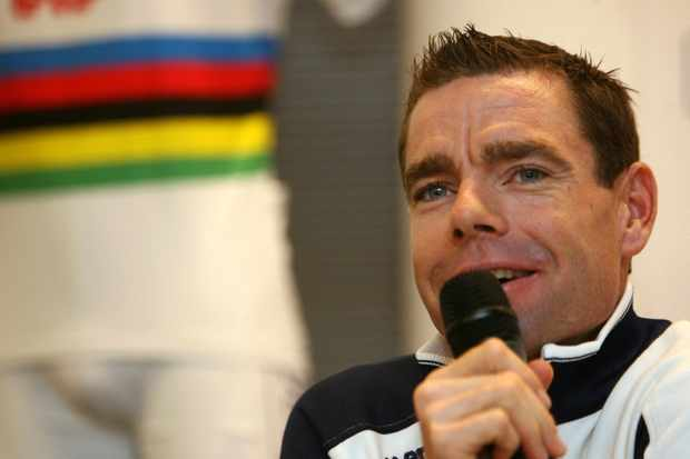 Current world road racing champion Cadel Evans will race alongside 2008 world champ Alessandro Ballan and George Hincapie in 2010.