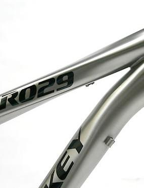 The 2010 Lynskey PRO29er titanium frame.