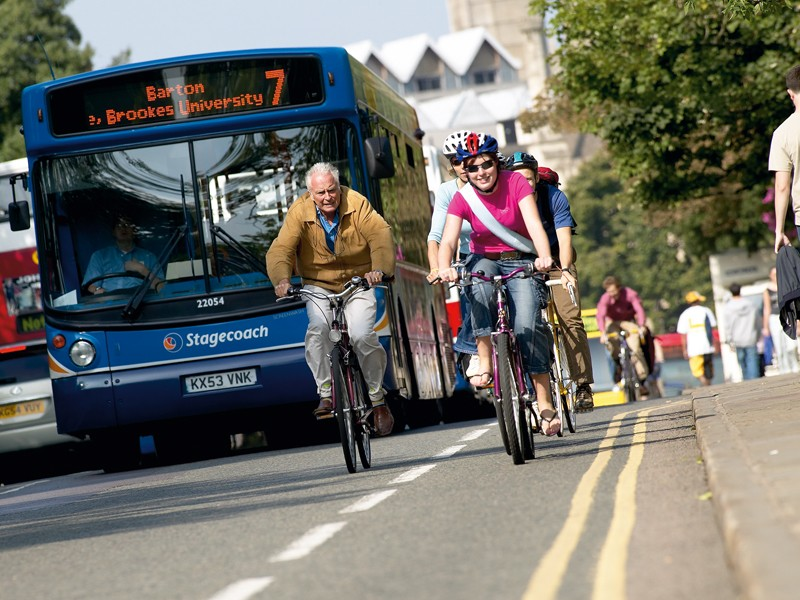 A new report says government policy must change in order to get more people out of cars and onto bikes
