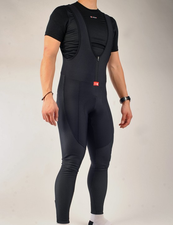 Capo intend their Limited Edition Bib Tight for truly cold conditions with Thermo Roubaix insulation throughout plus wind- and waterproof stretch Windtex Dream panels covering the lower leg, knee and outer thighs