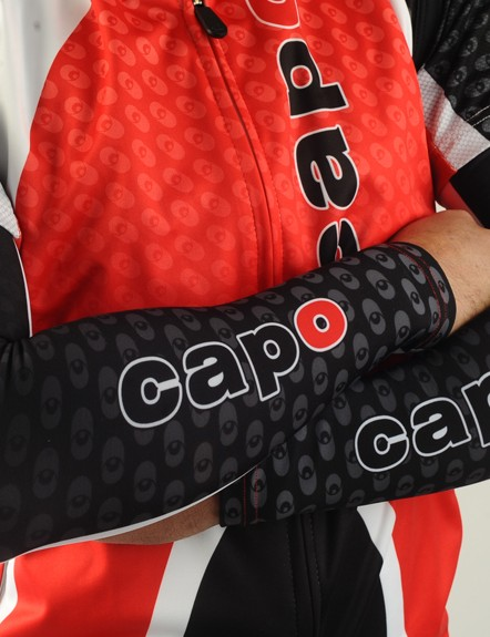 Matching Super Roubaix arm warmers complete the Atlas cool-weather package