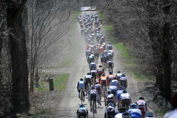 A view from the back of the 2009 Tour of the Battenkill Pro/Am peloton.