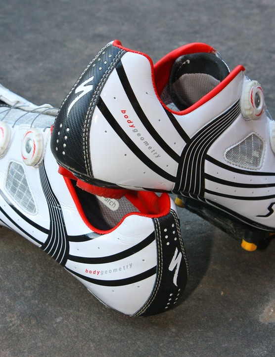 The synthetic heel cup lining holds on tight with virtually zero lift to speak of