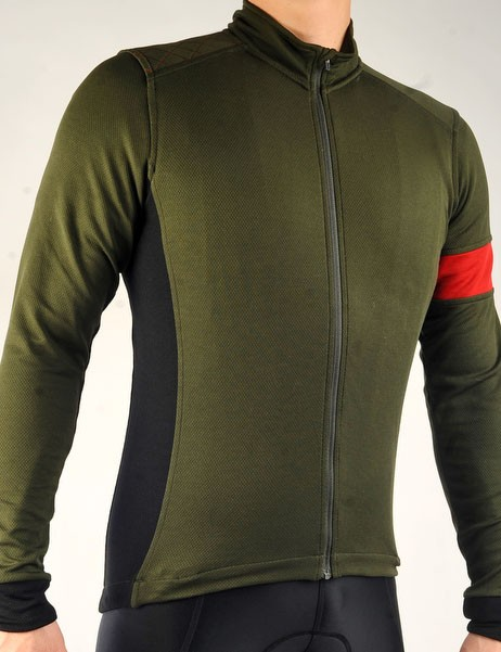 The Rapha Cross Jersey blends versatile Sportwool material, a perfect cut, and keen styling plus a few 'cross-specific details