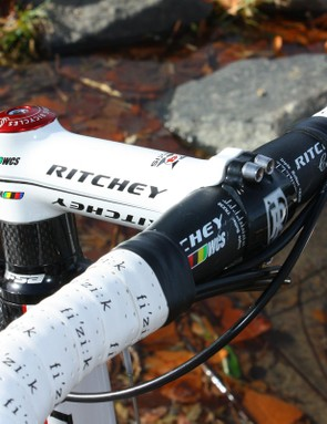 The all-aluminium cockpit includes a Ritchey WCS bar and stem