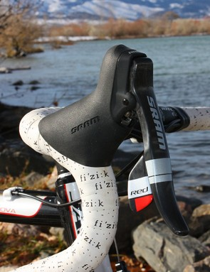 Anthony uses a complete SRAM Red group on his Jamis Supernova