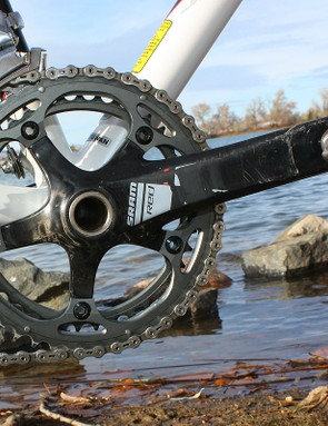 The SRAM Red crank is fitted with 'cross-specific 39/46T rings