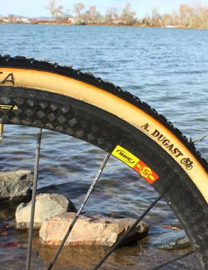 Top-notch Dugast tubular tyres are wrapped around Mavic's flagship Cosmic Carbone Ultimate carbon wheels