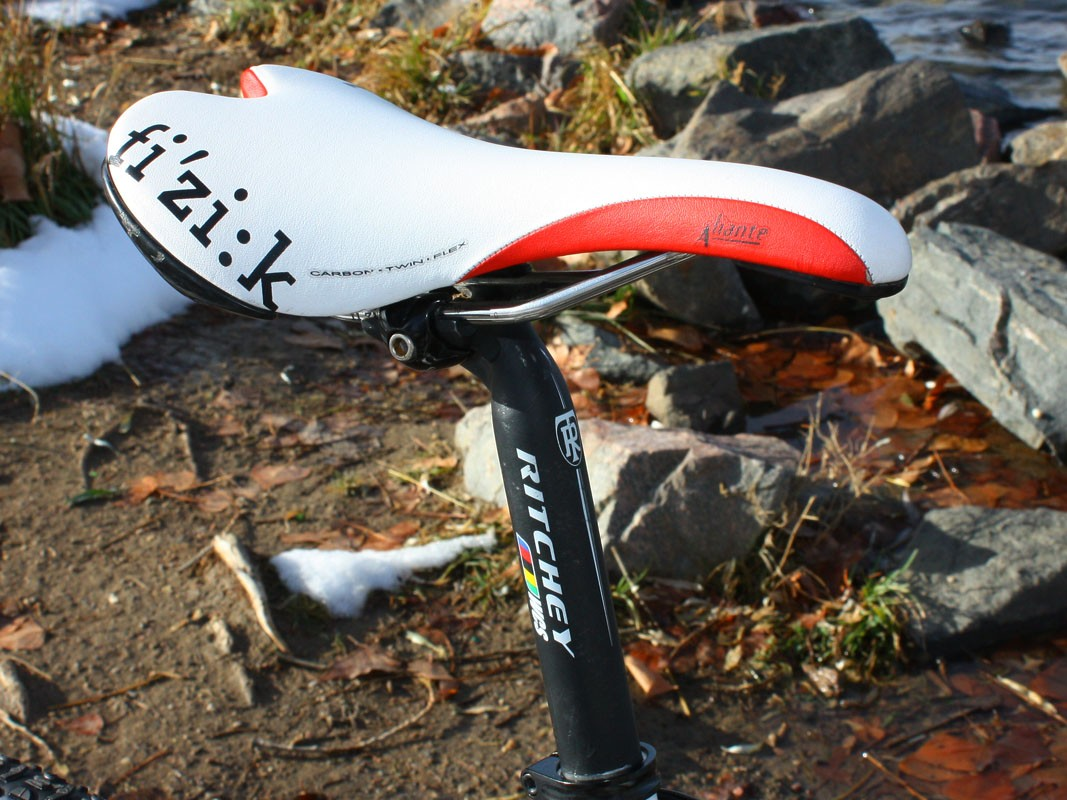 The Fizik Aliante Carbon Twin Flex saddle is another top choice among leading pros for its mix of durable k:ium rails and supportive - yet comfy - flexible carbon/Kevlar composite shell