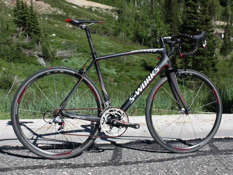 The new Specialized S-Works Tarmac SL3 bears strong visual resemblance to the current SL2 but in actuality, there is little in common.
