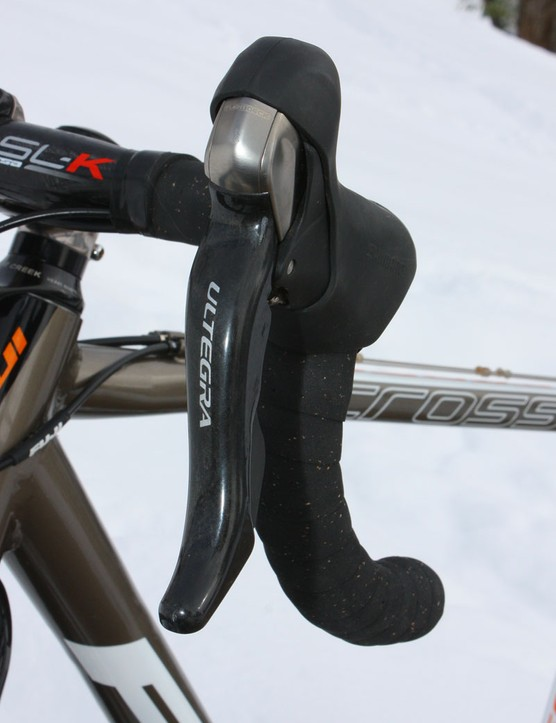 Shimano Ultegra is now even closer to Dura-Ace than before with new carbon fibre lever blades