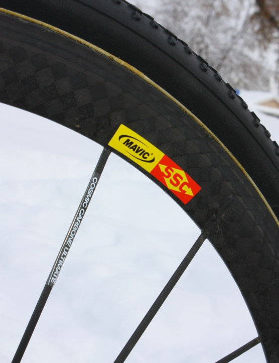 The Mavic Cosmic Carbone Ultimate wheels are superlight and surprisingly stiff, and the rims have the side benefit of being completely sealed from dirt and moisture