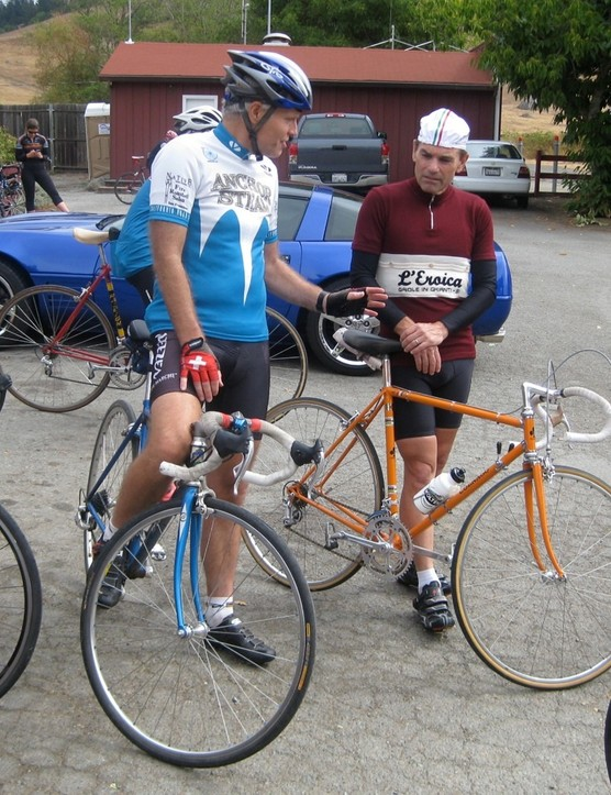 Joe Breeze (L) chats with fellow NorCal road racer Brian Fessenden at a rest stop during the 2009 Dino Ride in Marin County, California on September 13, 2009.