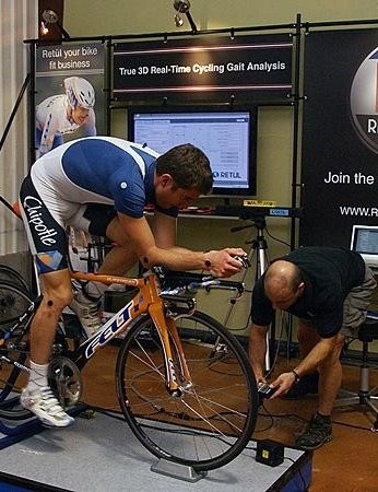 Vande Velde warms up during a November 2008 fit session in Boulder, Colorado.