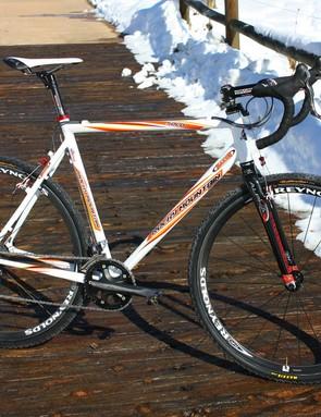 Rocky Mountain have supplied star rider Geoff Kabush with a custom all-aluminium rig for 'cross season