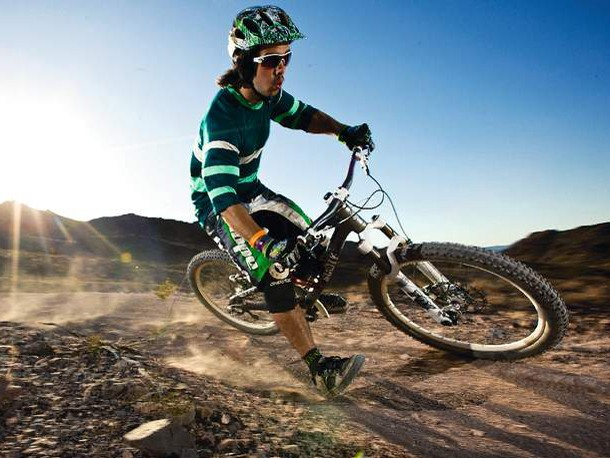 Whether you're a slopestyle star or a serious DH racer, the Voltage will fulfil your needs and surprise you along the way