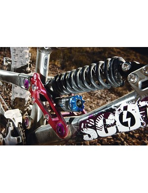 160-180mm travel comes via the new Fox DHX RC4 shock