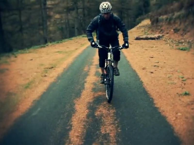Boardman Bikes launch mountain bike advert in 3D
