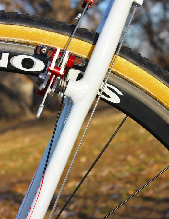 The S-bend seatstays are ovalised below the brake posts to add a bit of vertical flex for better traction and comfort