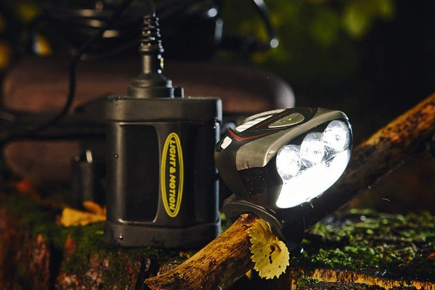 L&M Seca 900 Race Li-ion Front Light