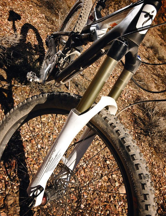 The light Specialized  FutureShock fork offers firm  low-speed compression feel