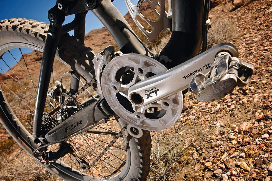 While all the Enduro range comes with a roller and bashguard, it's got enough clearance for a full triple set up