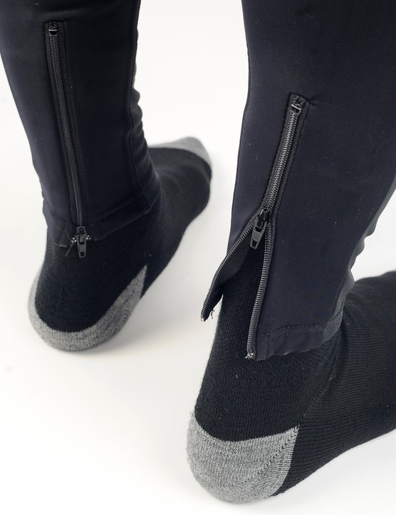 Ankle zippers make it easier to get the Limited Edition Roubaix leg warmers on and off