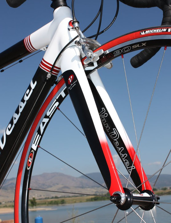 The all-carbon fork blades are deep and broad for reassuring handling