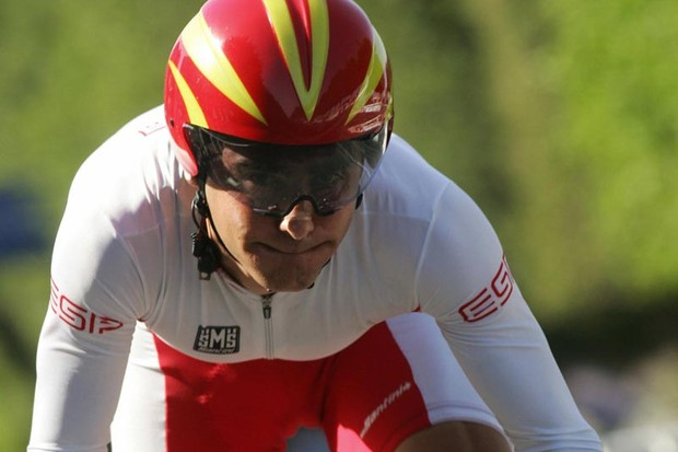 Spanish Eladio Sanchez Prado competes during the cycling individual time trial race of the XV Mediterranean Games, 29 June 2005 in Almeria, southern Spain