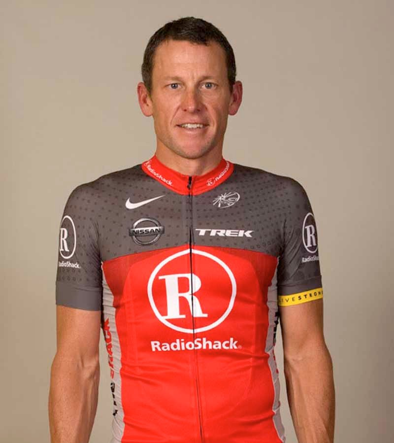Lance Armstrong models the new Radioshack jersey