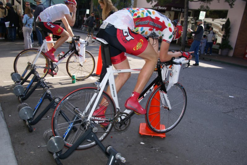 The winning bidder will have the chance to meet and train with the Jelly Belly Cycling team.